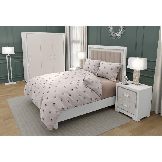 Спално Бельо на Цветенца ЛАУРА 2, върху Екрю Основа, За Спалня с Два Плика, Романтична и Красива Визия